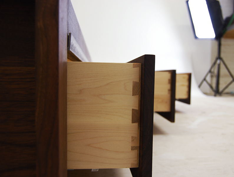 Walnut_Storage_Bed_5