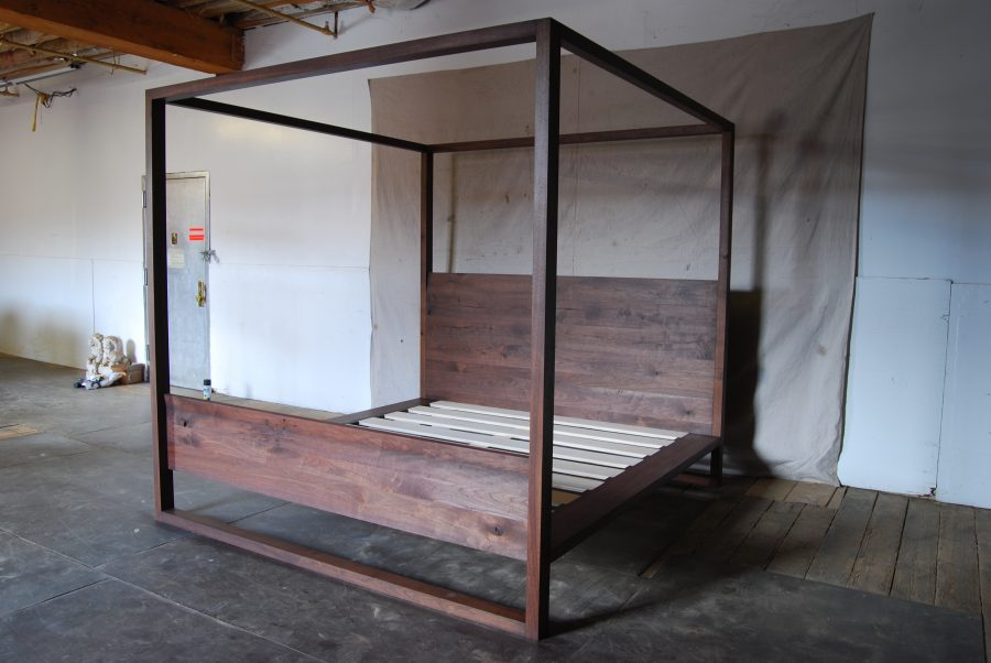 Canopy Bed7