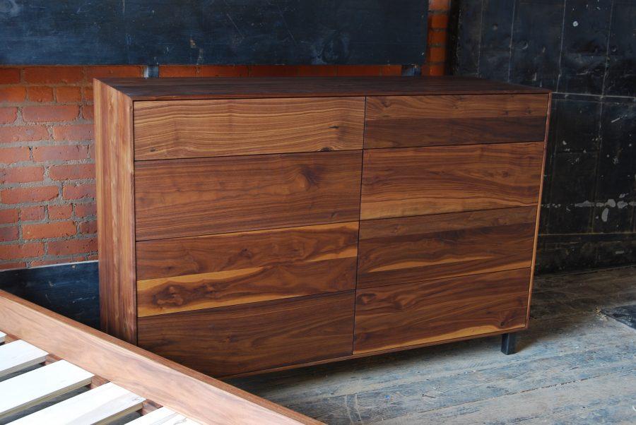 Pauker Dresser B02
