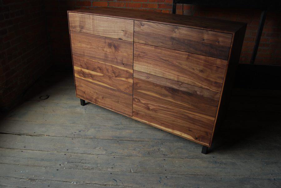 Pauker Dresser B16